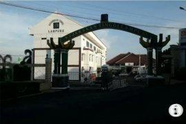 DJP Bengkulu dan Lampung serahkan lagi tersangka kasus perpajakan