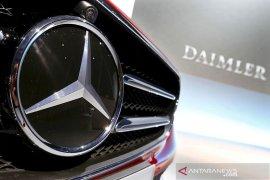 Penjualan Mercedes-Benz naik 22 persen