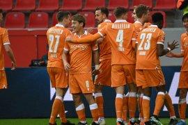 Duo Jepang bawa Arminia Bielefeld tumbangkan Leverkusen