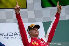 Wejangan Nico Rosberg untuk Schumacher junior