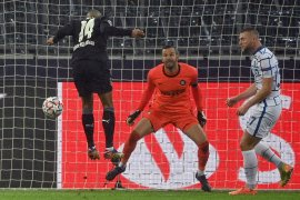 Kiper Inter Milan Samir Handanovic positif COVID-19