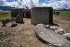 Situs Megalit Pokokea Poso Page 2 Small