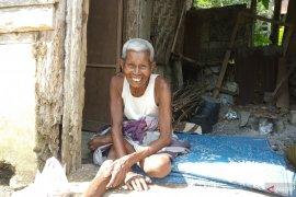 Pemkab Tanah Datar mulai vaksinasi COVID-19 untuk warga lanjut usia