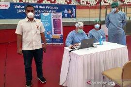 Jakpro gelar vaksinasi untuk 810 pegawai