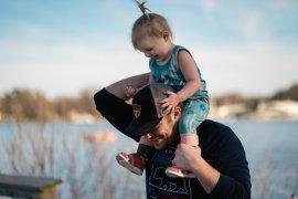 Kekurangan peran ayah dalam pengasuhan pengaruhi masa depan anak