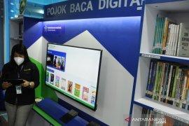 Pojok baca digital di Bandara SMB II Palembang Page 2 Small