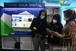 Pojok baca digital di Bandara SMB II Palembang Page 3 Small
