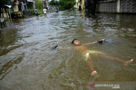 Banjir di Makassar Page 2 Small