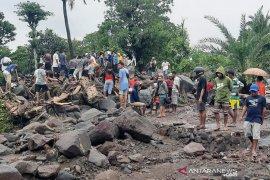 48 korban banjir lahar hujan di Lembata masih hilang
