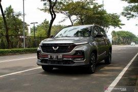 Era baru mobilitas cerdas kendaraan Wuling Almaz RS