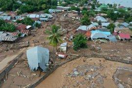 Kerusakan akibat banjir Adonara Flores Page 2 Small