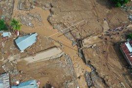 Kerusakan akibat banjir Adonara Flores Page 3 Small