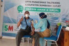 PLN UP3 Sumbawa Vaksin Seluruh Karyawannya