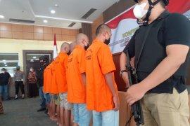 Polda Sumatera Barat tangkap tujuh tersangka terkait kasus tambang ilegal