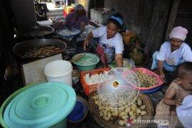 Kawasan Kampung Kuliner Pempek Tanggo rajo Cindo  Page 3 Small