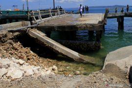 Sejumlah jembatan di NTT ambruk akibat badai siklon Seroja