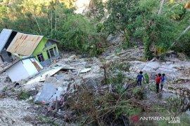 Sebagian Desa di Kupang tenggelam diterjang Siklon Seroja