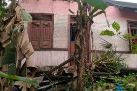 Kerugian akibat puting beliung di Pasaman Barat Rp657 juta