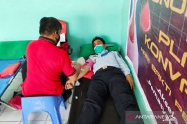 Lapas Kendari donor darah bantu kekurangan stok di PMI