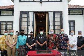 Selesai dipugar, Istana Peraduan diserahterimakan dari PT RAPP ke Pemkab Siak