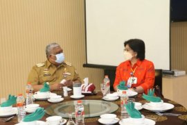 Gubernur Sulawesi Tenggara komitmen berantas praktik korupsi di wilayahnya