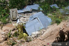 Gubernur  minta warga terdampak bencana di Kota Kupang direlokasi