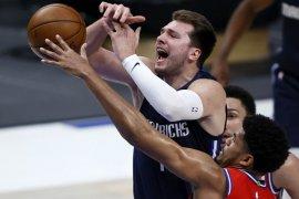 Philadelphia 76ers mengatasi Dallas Mavericks 113-95