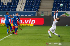 Liga Jerman - Peluang Leverkusen ke Liga Champions terpupus