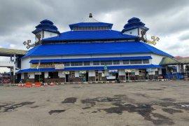 Tidak ada lonjakan pelaku perjalanan di Terminal Induk Rajabasa Bandarlampung