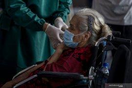 Partisipasi vaksinasi lansia di Palembang rendah