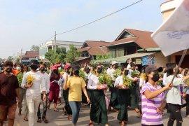 Otoritas Myanmar menangkap wartawan Jepang