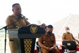 Bupati Lampung Selatan ingatkan masyarakat terapkan prokes saat Shalat Tarawih