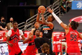San Antonio Spurs jatuhkan Milwaukee Bucks 146-125