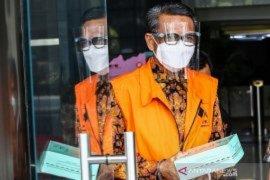 KPK telusuri aliran uang Nurdin Abdullah lewat transaksi perbankan