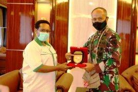 Pangdam Cenderawasih minta organisasi Pemuda Katolik Papua buat kegiatan bermanfaat