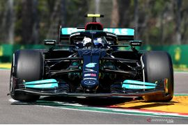 FP2 GP Emilia Romagna: Bottas kembali dominan, mobil Verstappen mogok