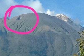 Lubang di puncak Ili Lewotolok ada sebelum erupsi 2020