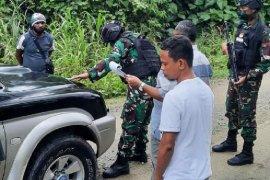 Satgas TNI sweeping cegah peredaran miras di wilayah perbatasan RI-PNG