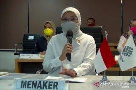 Menaker meluncurkan Posko THR 2021 pantau pengaduan terkait THR