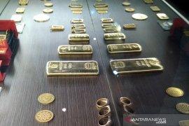 Harga emas melonjak 31,4 dolar