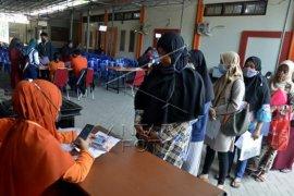 Penyaluran BST di Makassar