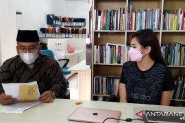 Dilarang bertemu anaknya, seorang ibu mengadu ke lembaga hukum
