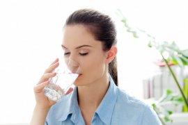 Pola minum \'2-4-2\' untuk penuhi kebutuhan cairan tubuh selama puasa