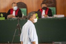 Muzakir Sai Sohar Berikan Keterangan Sebagai Terdakwa dipersidangan Page 4 Small