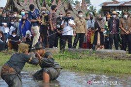 Kunjungan Menparekraf Ke Sumatera Barat Page 2 Small