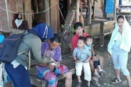 Semangat Mantri Usra bangkitkan UMKM terdampak gempa di Mamuju Sulbar