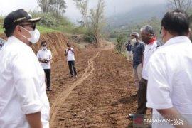 Tanah Datar bangun jalan sepanjang 2,5 KM diharapkan bisa menyokong kegiatan perekonomian masyarakat