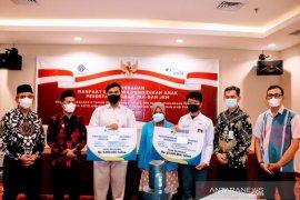 BPJS Ketenagakerjaan Sulteng  salurkan beasiswa dari program JKM-JKK