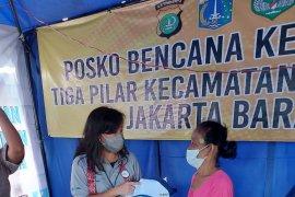 Srikandi BNI salurkan bantuan kepada korban kebakaran di Tambora