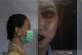 Pameran foto peringati Hari Kartini di Palu Page 2 Small